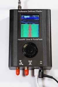HackRF z PortaPack - Edukacyjny Transceiver SDR na pasmo od 1 MHz do 6 GHz