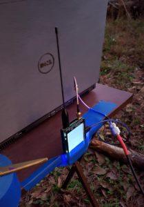 NanoVNA mierzy charakterystykę anteny Yagi